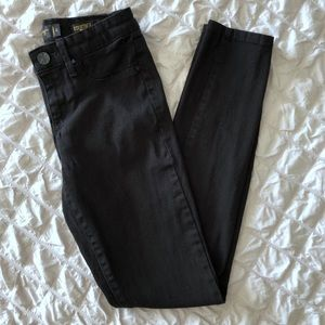 Kardashian Kollection Kourtney Black Jegging